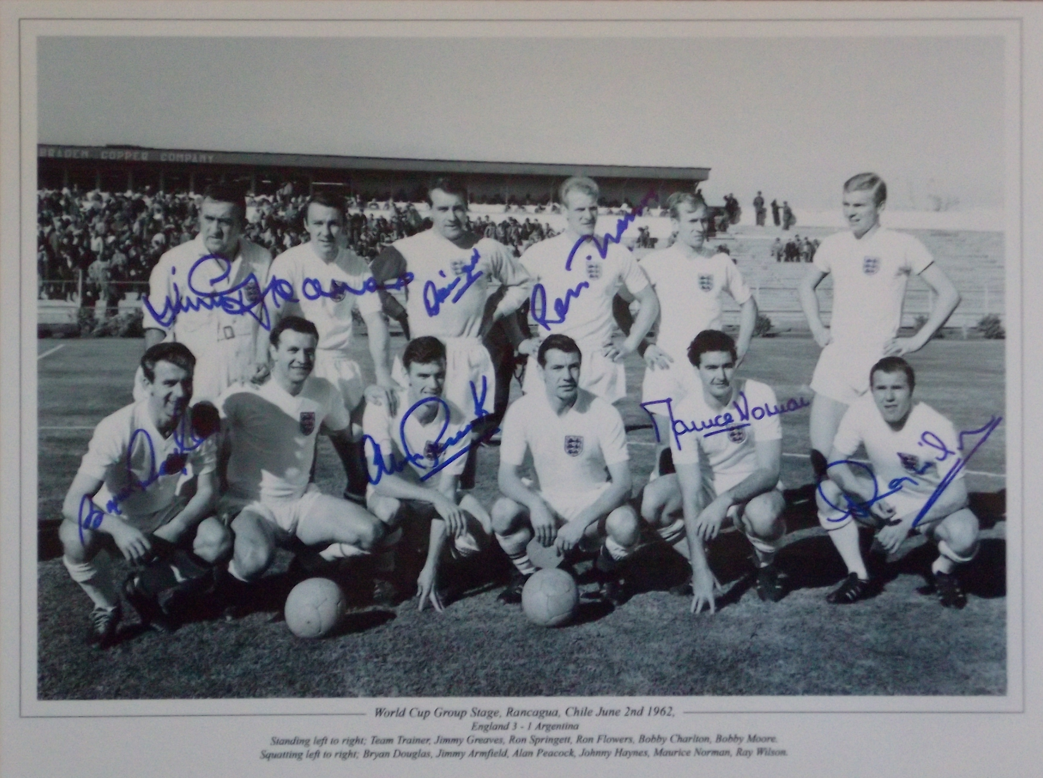 England 1962 World Cup Team Signed Photo x 7 Players