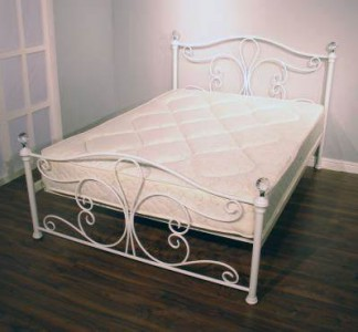 Crystal White or black metal 4ft 6in double bed