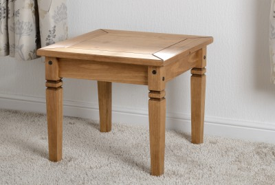Salvador Solid pine lamp table