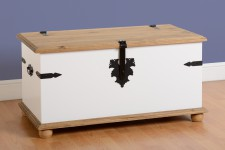 White mexican pine ottoman blanket box