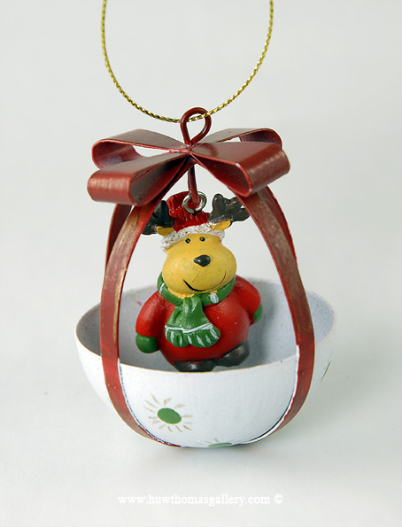 Christmas Tree Bauble with Reindeer inside