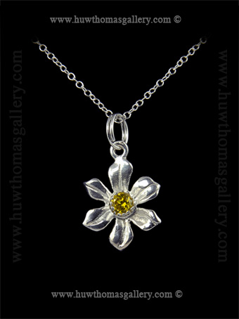 Silver Daffodil Pendant set with Yellow Diamante Stone