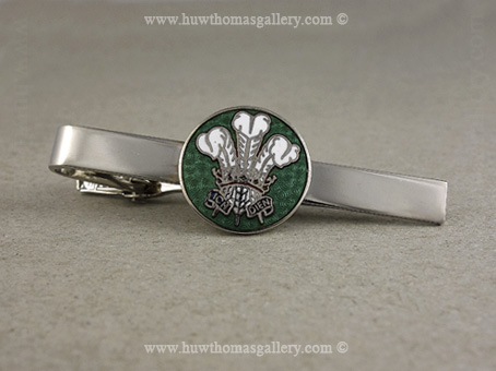 Three Feather Welsh Tie Slide in Green and Silver Finish