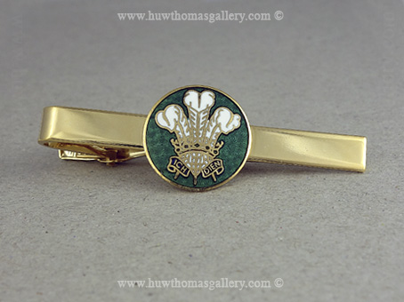 Three Feather Tie Slide in Green and Gold Finish