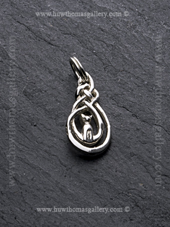 Silver Cat Pendant / Necklace with Celtic Knot