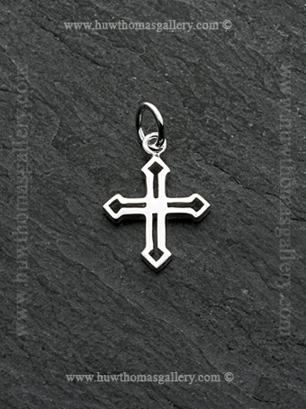 Silver Cross Pendant /Necklace