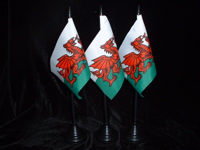 Table Flag...................Wales / Welsh Dragon
