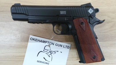 CROSMAN C1911 BLACK