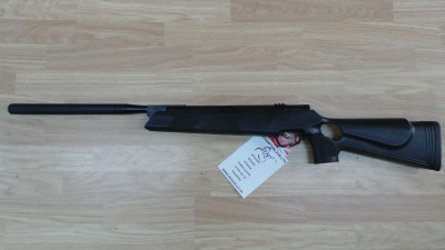 WEBLEY STINGRAY BLACKHAWK QUANTUM .22 NEW