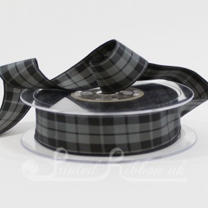 TAR25GBLK20 Classic Black and gray tartan ribbon 25mm x 20m roll