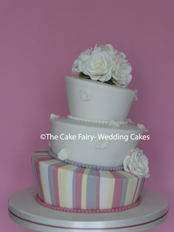 RW80 WONKY CLASSIC - Classic pastel shades to compliment the couples wedding colours