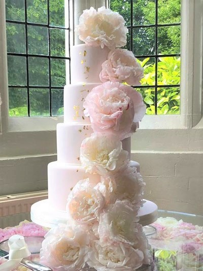 RS306 PEONY POMPOM   Tall tiers with shabby chic gold leaf dressed with fabulous fresh  pom pom peonies