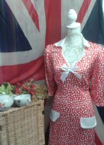 1940`s sweet heart dress