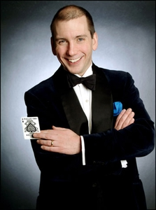 Roy Davenport Close up Magician