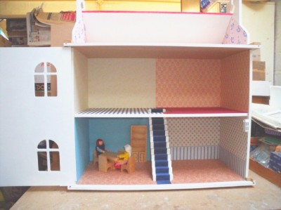 CH 154 Honeypot Cottage dolls house, built, last one sold