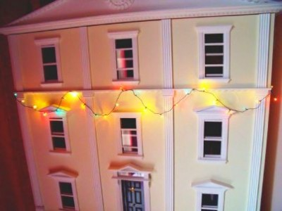 X31 Dolls house Christmas lights string 24's (new)