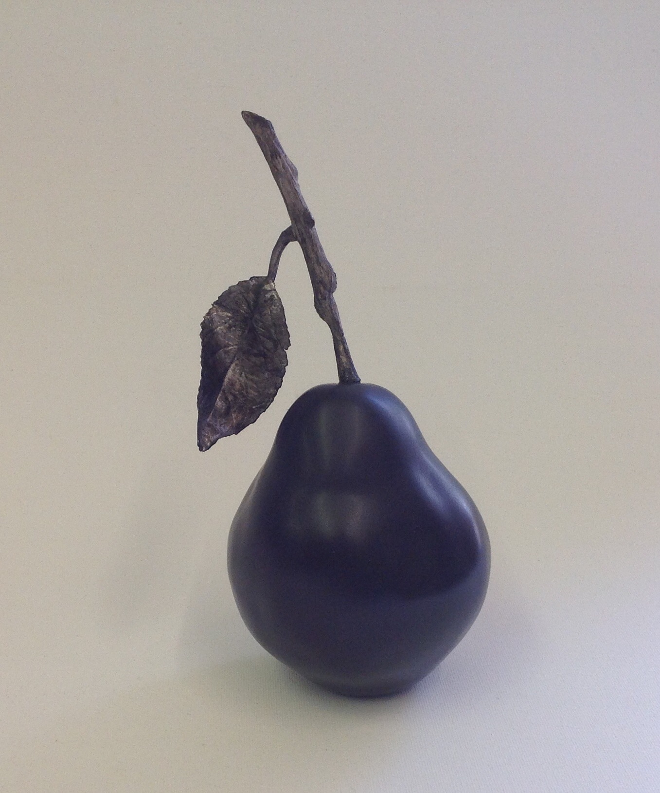 Pear with twig & one leaf