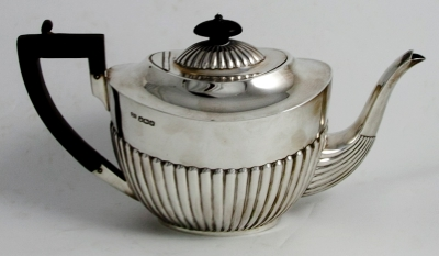 Silver Fluted Teapot c.1920 Sheffield