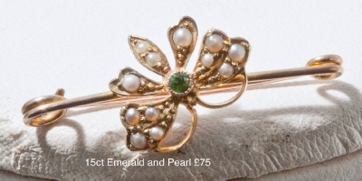 Brooch Victorian Green Stone  seed pearl Pin