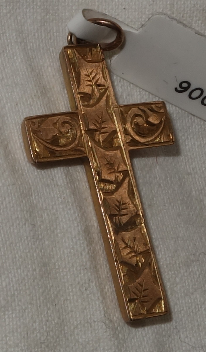 pendant 9ct gold engraved cross B & W c.1900
