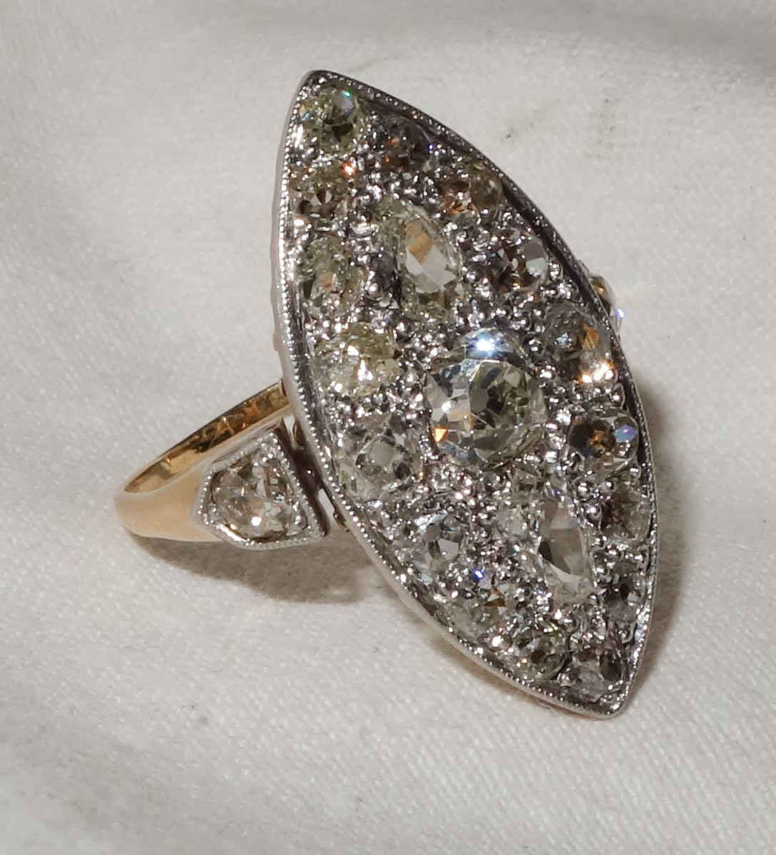 Ring Victorian Diamond cluster