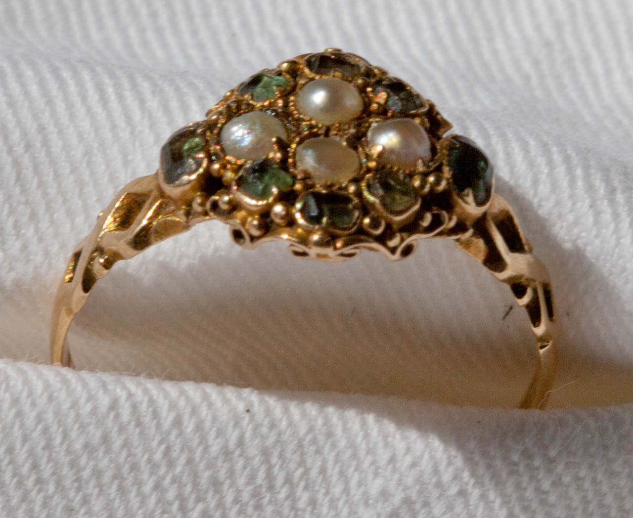 Ring 18ct tourmaline and pearl