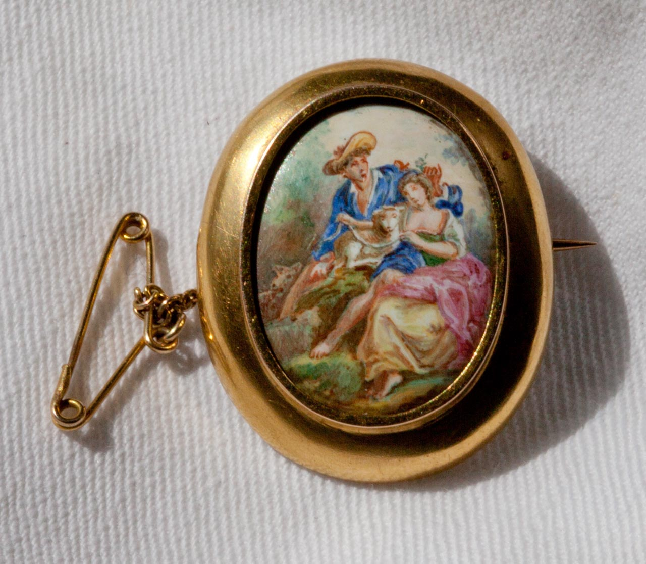 Brooch 14-15ct gold Georgian Cameo