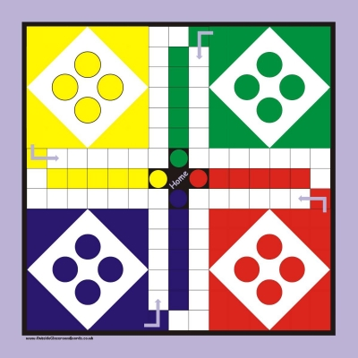 LARGE OUTSIDE GAME BOARD & PIECES - LUDO