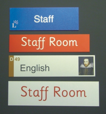 ANODISED ALUMINIUM INTERNAL DOOR PLAQUES & DIRECTIONAL SIGNAGE