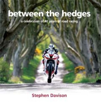 Between the Hedges (auth: Stephen Davison)