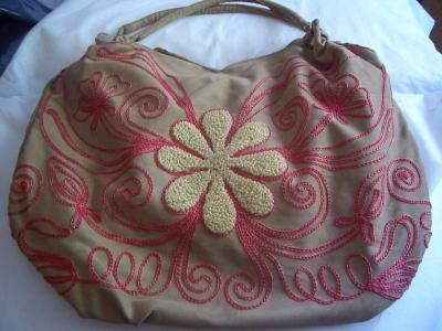310230842084 Beautiful handcrafted handbags from Vietnam!!
