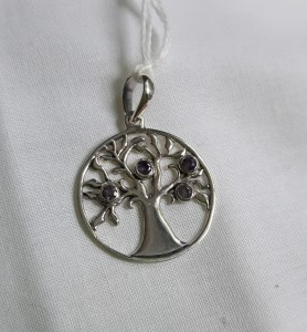 203 sterling silver pendant with amethyst