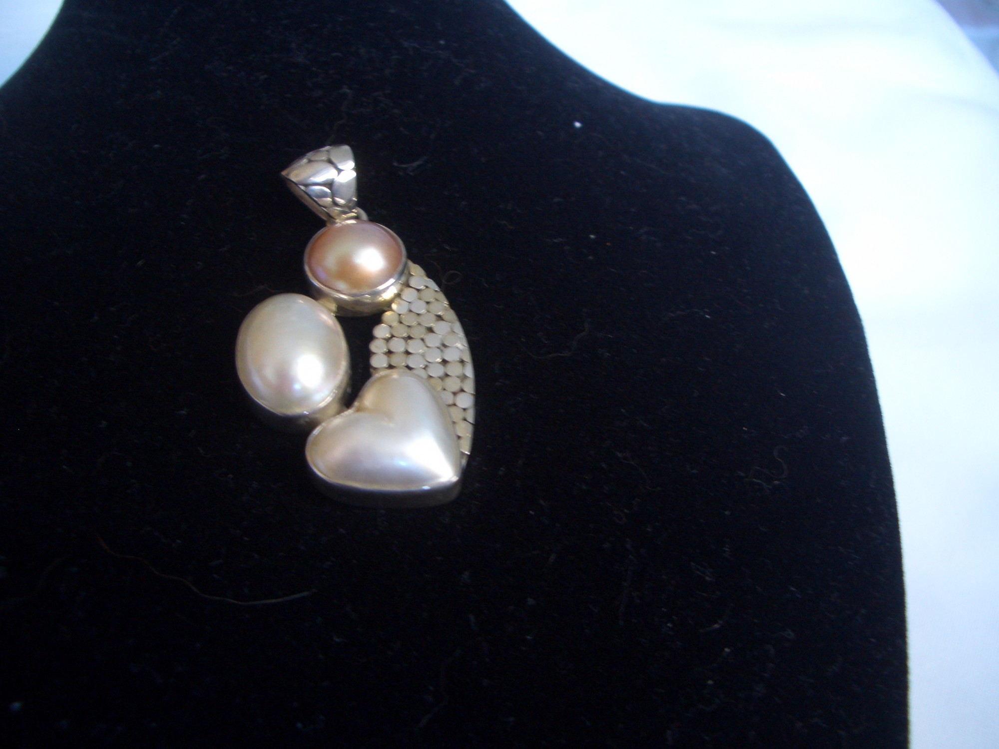 Sterling Silver Pendant With Pearls