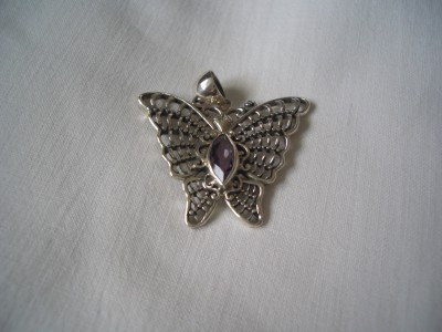 472 sterling silver pendant with amethyst