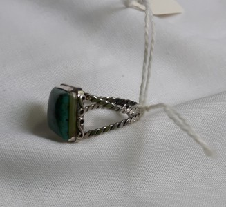907 Sterling silver ring with turquoise