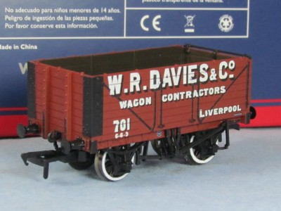 "Bachmann 37-2011K 7 Plank Wagon ""W.R. Davies & Co"" Exclusive To Bachmann Collector's Club"""