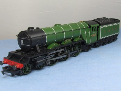 Hornby R2195 Class A3 4472 'Flying Scotsman' in LNER Apple Green