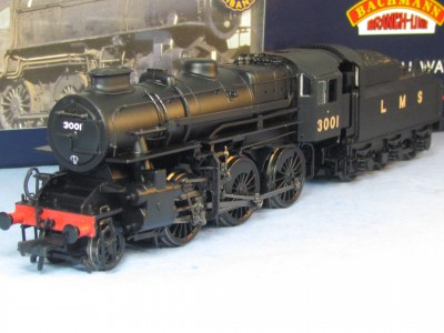 Bachmann 32-575 Ivatt Class 4 3001 LMS Black with Double Chimney