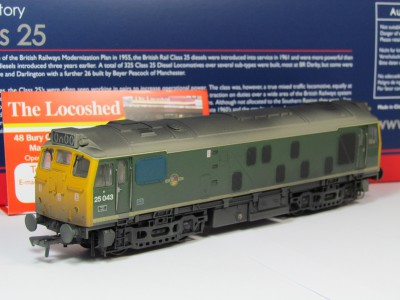 Bachmann 32-331 Class 25/ 1 25043 in BR Green weathered