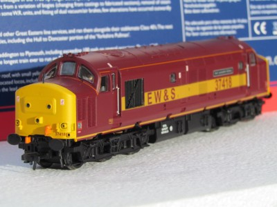 Bachmann 32-381N BR Class 37/4  37418 The East Lancashire Railway in EWS livery