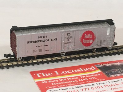 Bachmann N Scale Freight Cars � 51� Mechanical Steel Reefer Swift�s � 53-1009-53
