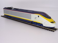 Hornby Eurostar Set with 1 Power Car, 1 Dummy Car and two coaches � Used