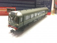 Bachmann 35-525SF Class 121 Single Car DMU BR Green Speed Whiskers