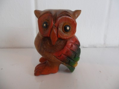 Hooting owls 2 inches