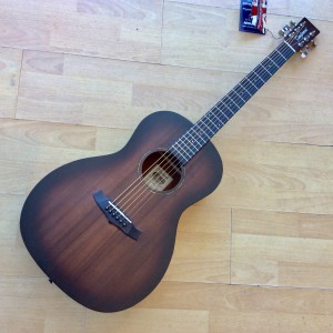 Tanglewood Crossroads Parlour  Guitar TWCRP
