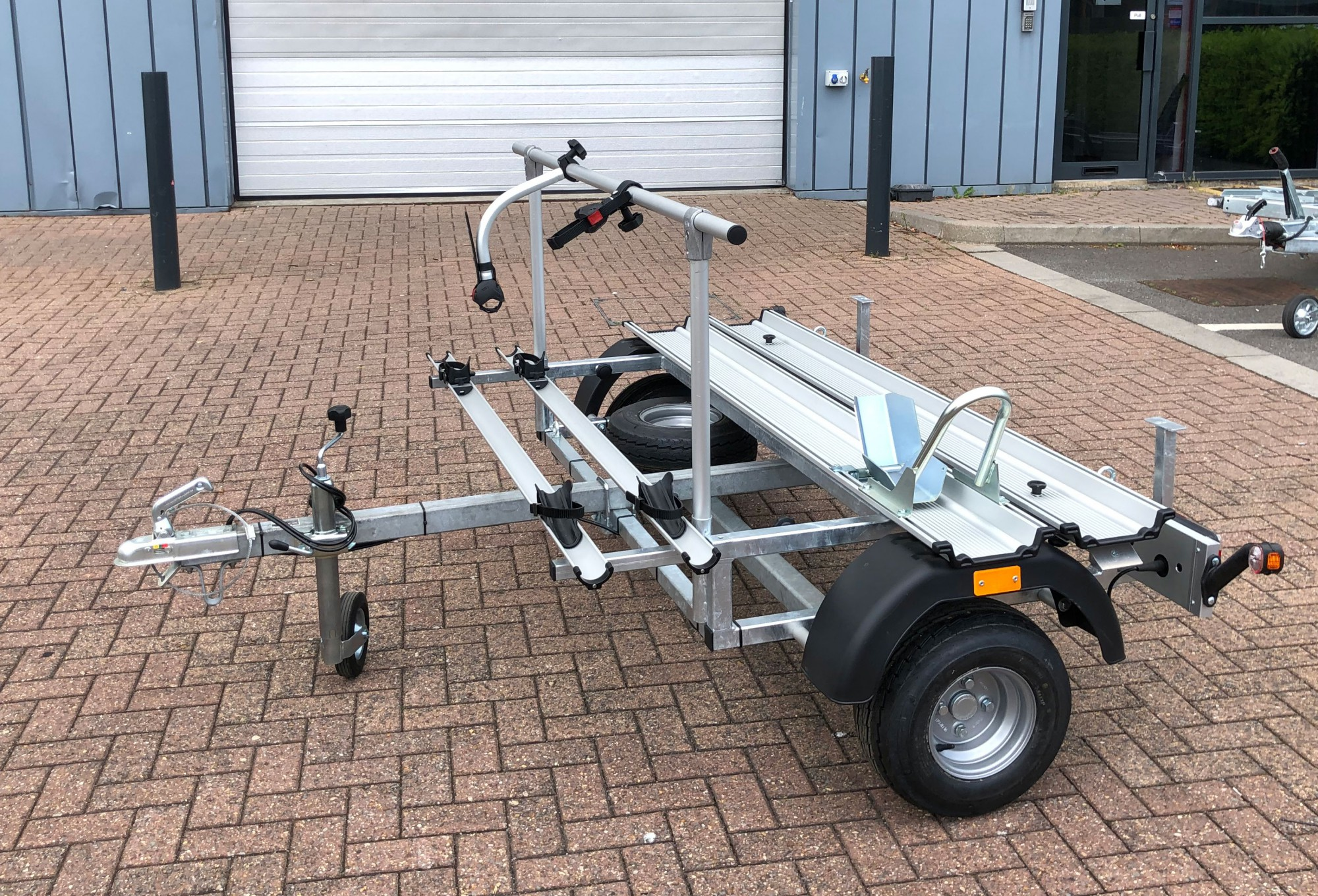 9MP3160 MP3 Motorcycle/Scooter Shorty Trailer 160Kg Load Capacity