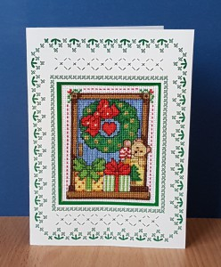 Teddy 'With a Christmas Wreath ~ Christmas Card in Cross Stitch